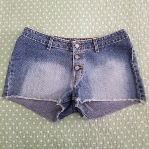 No Boundaries Low Rise Jean Shorts Size 7 Juniors